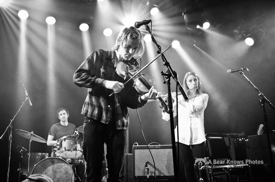 Johnny Flynn & The Sussex Wit at The Independent (3)